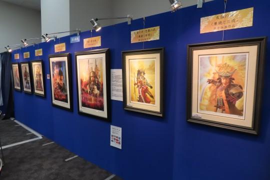 貴重な版画作品が並ぶ展示販売コーナー